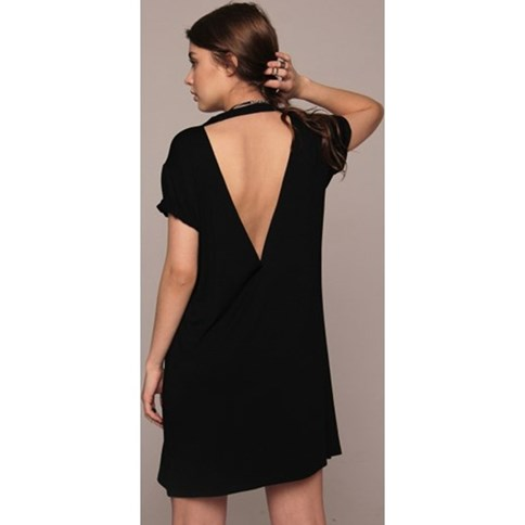8761053d3d Czarna sukienka z odkrytymi plecami
