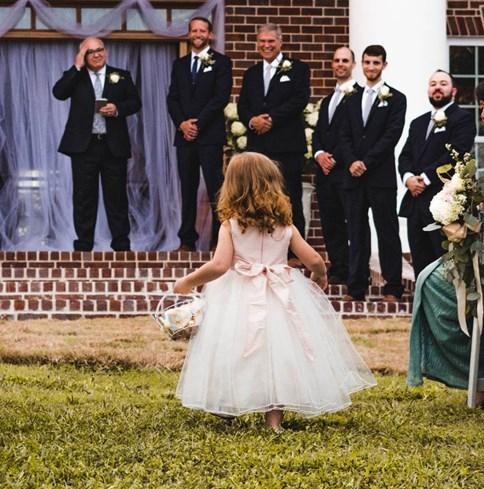 2243a25844 Sukienka dla dziewczynki na wesele
