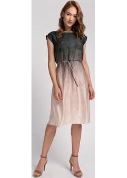 Prosta sukienka w gradientowy nadruk Cotton Club Cotton Club - kod rabatowy