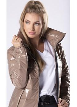 Pikowana kurtka ze stójką i metalicznym połyskiem Parocca - kod rabatowy