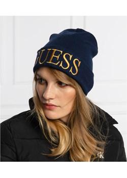 Guess Czapka Guess promocja Gomez Fashion Store - kod rabatowy