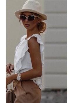 Biała bluzka z falbaną i guzikami na plecach  WHITE DONNA okazja lafemmeboutique.pl - kod rabatowy