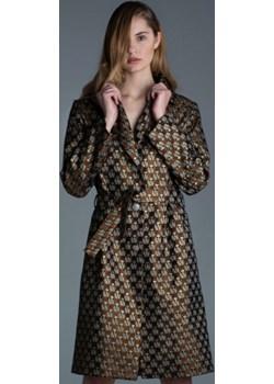 Elegancki płaszcz w biedronki Ola Melcer - kod rabatowy