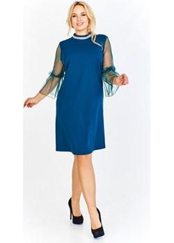 Pudełkowa sukienka z prześwitującymi rękawami z ozdobną a'la zaszewką na połowie i ozdobną taśmą Parocca - kod rabatowy