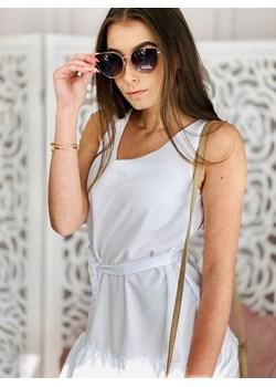 Biała, na ramiączkach, wiązana w pasie -  sukienka  WHITE NEW SPAIN ozdobiona złotym wykończeniem falban okazyjna cena lafemmeboutique.pl - kod rabatowy