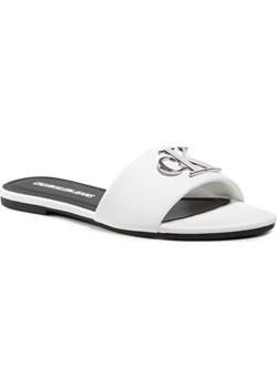 Klapki CALVIN KLEIN JEANS - Flat Sandal Slide Hw Lth YW0YW00144 Bright White YAF eobuwie.pl - kod rabatowy