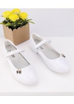 Balerinki białe lakierowane 1 Brin Yourshoes okazyjna cena YourShoes - kod rabatowy