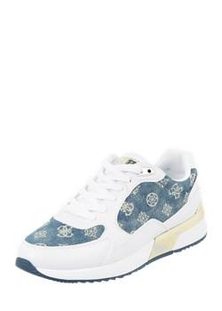 Sneakersy ze wzorem z logo Guess Peek&Cloppenburg  - kod rabatowy