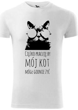 Ciężko pracuję dla kota Koszulker - kod rabatowy