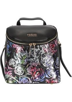 Czarny plecak w połyskujące róże Eye For Fashion - kod rabatowy