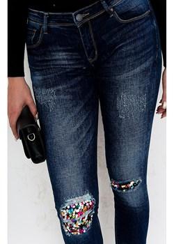 Dopasowane jeansy GLAMOUR zoio.pl wyprzedaż - kod rabatowy