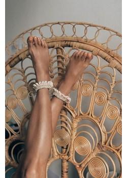 Bransoletka na nogę beżowa COQUILLE WAW PROJECT ANNA SKURA || NUSA STORE OFFICE - kod rabatowy