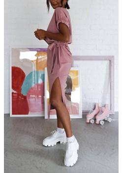 Sukienka Nila Dusty Pink Laurella LAURELLA - kod rabatowy
