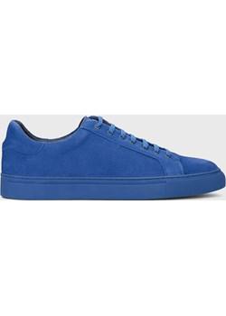 Niebieskie skórzane sneakersy męskie Kazar Studio promocyjna cena Kazar Studio - kod rabatowy