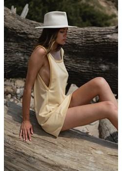 Sukienka dresowa na grubych ramiączkach w kolorze TRANSPARENT YELLOW - LIME BY MARSALA Marsala - kod rabatowy