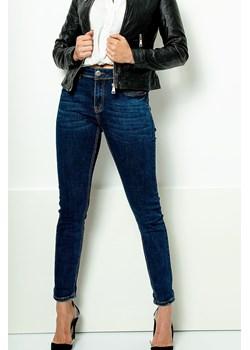 Klasyczne proste rurki jeansowe Redlo promocyjna cena zoio.pl - kod rabatowy