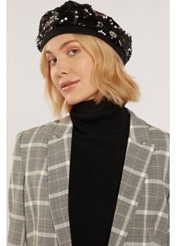 Połyskujący beret damski MONNARI - kod rabatowy