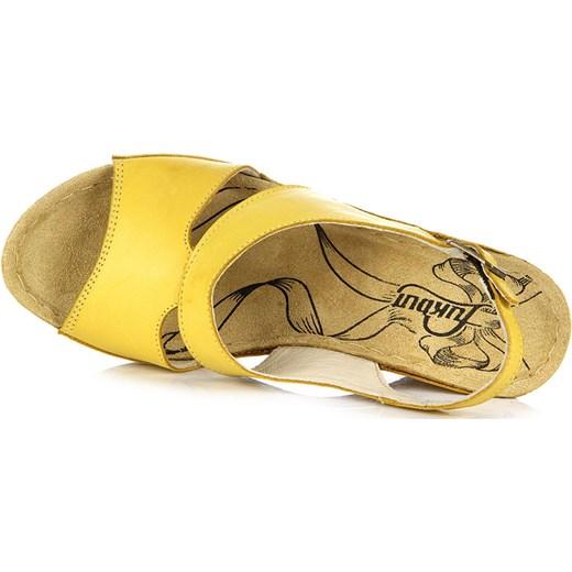 b0163bcd89dcc ... ŁUKBUT 556 skórzane żółte sandały damskie lekkie komfortowe na koturnie  butyraj-pl zolty Sandały na ...