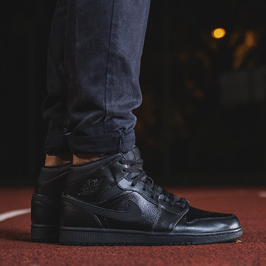 BUTY NIKE AIR JORDAN 1 MID 554724 030 sneakerstudio pl czarny do biegania męskie