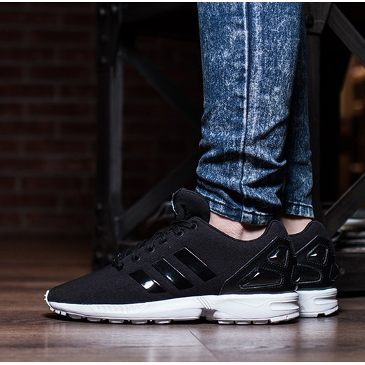 adidas zx flux damskie na nodze