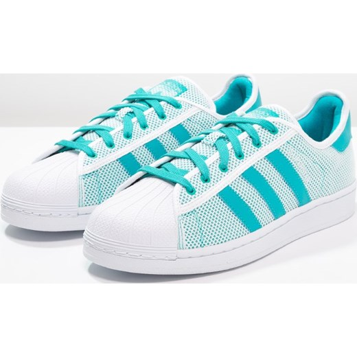 new styles beb60 8e58b ... adidas Originals SUPERSTAR ADICOLOR Tenisówki i Trampki white shock  green Adidas Originals mietowy 43 1