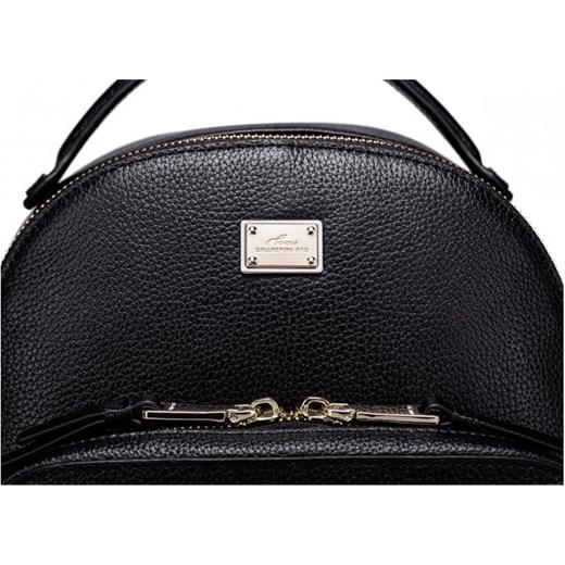 28a42592f9414 Subtelny damski plecak z ćwiekami Czarny etorba-pl Plecaki damskie. Zobacz:  Nucelle