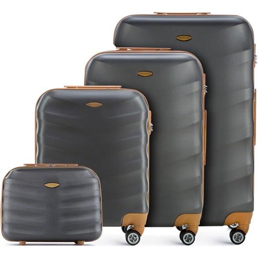d13202c200d7f 56-3A-23Z-11 Komplet walizek Wittchen promocyjna cena ...