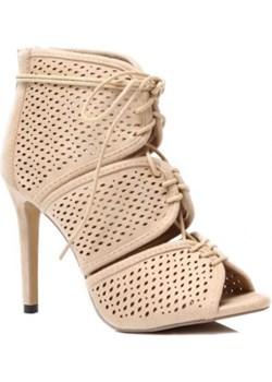 Ażurowe wiązane sandałki na szpilce beżowe szary Vices Family Shoes - kod rabatowy