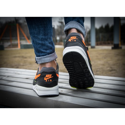 online store 500be 74e8f ... NIKE AIR MAX LIGHT