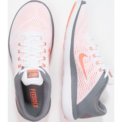 check out d25cf fa605 Nike Performance FLEX 2016 RUN Obuwie do biegania startowe whitebright  mangocool grey ...