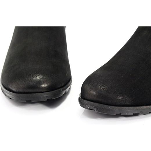 35713b967c45a CHILLI SHOES 010 CZARNY - Klasyczne damskie sztyblety ze skóry Chilli Shoes  czarny 35 Tymoteo.