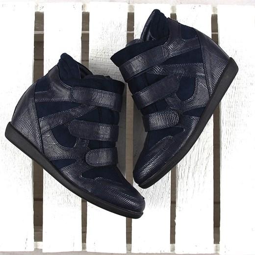 fa6dfc8422a2 ... Granatowe sneakersy damskie na koturnie wężowe Monnari Monnari 40  promocja ButyRaj.pl ...