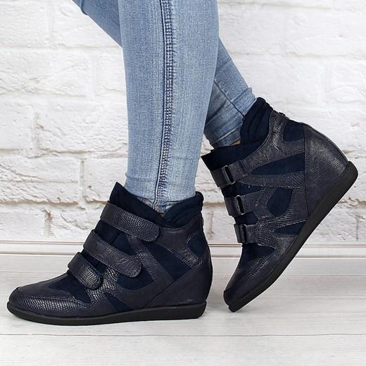 0bdbde731ea3 ... Granatowe sneakersy damskie na koturnie wężowe Monnari Monnari 38  promocja ButyRaj.pl ...