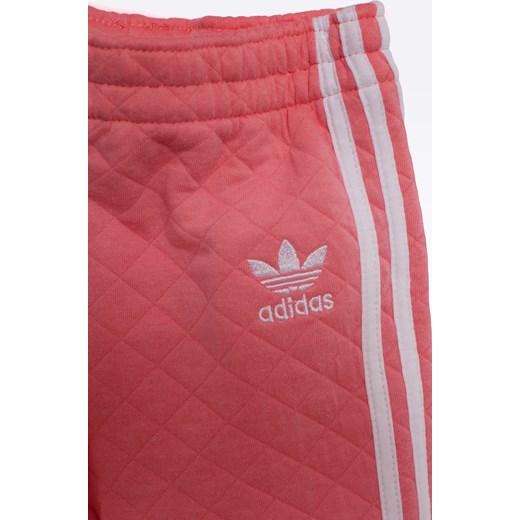 d3403644872d7 ... adidas Originals - Komplet dziecięcy 86-116 cm Adidas Originals rozowy  116 wyprzedaż ANSWEAR.