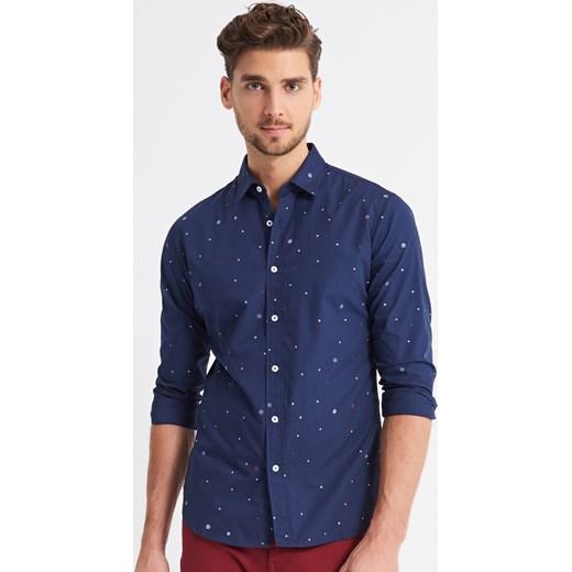 4f552245f60b Reserved - Koszula w świąteczny wzór - Granatowy - męska Reserved M ...