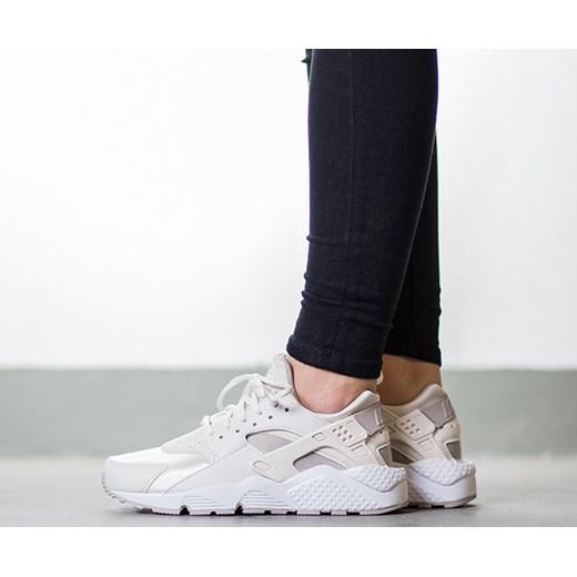 5379f5ac1994 Buty damskie sneakersy Nike Air Huarache Run