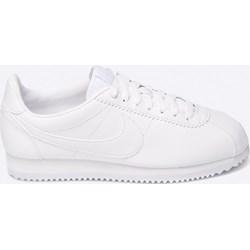 na stopach o sprzedaż taniej Buty sportowe damskie Nike Cortez