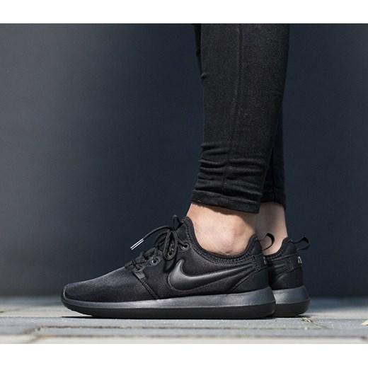 competitive price a8beb eb19d Buty damskie sneakersy Nike Roshe Two 844931 004 Nike 39 okazja  sneakerstudio.pl ...