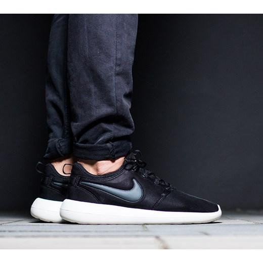 super popular da434 f882b Buty damskie sneakersy Nike Roshe Two 844931 002 Nike 38 okazja  sneakerstudio.pl ...