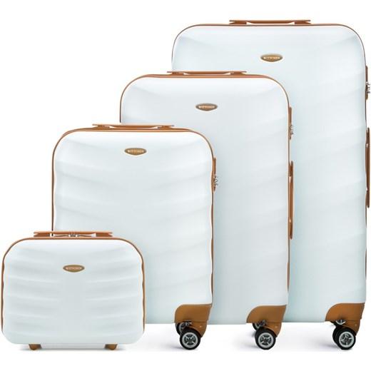 ffb6ccb3f4fd4 A komplet walizek pomaranczowy wittchen domodi jpg 520x520 Walizki wittchen  promocje