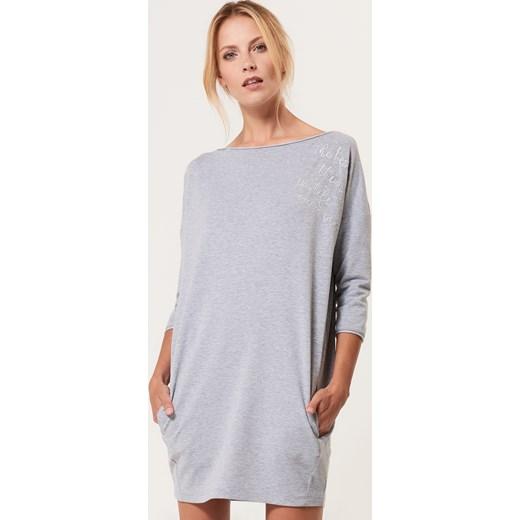 659b1fb351 Mohito - Dzianinowa sukienka z kieszeniami - Szary Mohito szary M ...