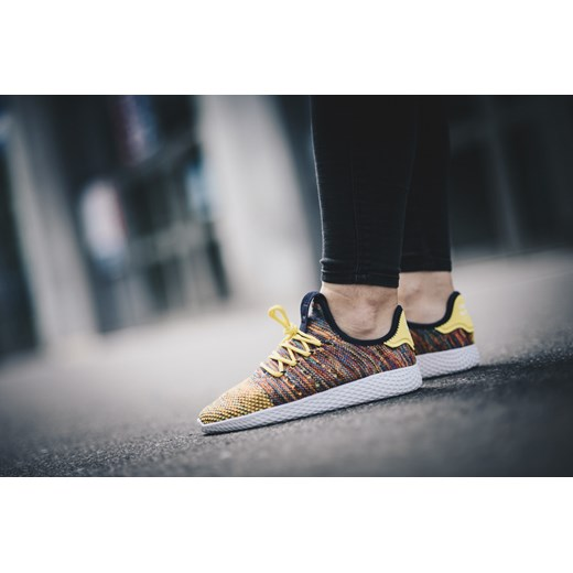 a34b0228f613b ... Buty damskie sneakersy adidas Originals Pharrell Williams Tennis Hu BY2673  Adidas Originals 39 okazja sneakerstudio.