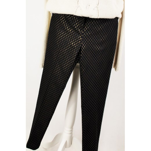 130ea2d6 Spodnie cygaretki czarne złoty wzór, od Lola Fashion czarny Saltofikacz