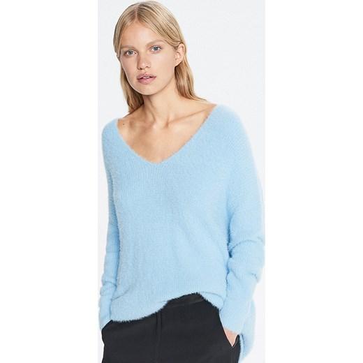 eafc9b9a0b Reserved - Sweter z dekoltem w serek redesign - Niebieski niebieski  Reserved S promocyjna cena
