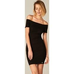 1d25616270 Mohito - Dopasowana sukienka z prostym dekoltem - Czarny