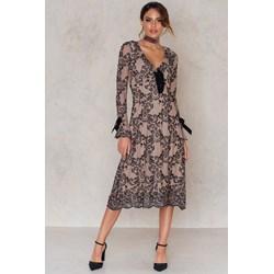 106c3c85bf Sukienka For Love   Lemons casual midi z długim rękawem w kwiaty