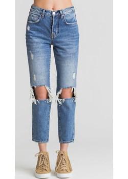 Niebieskie jeansy Emilee z dziurami  Guess Velpa.pl - kod rabatowy