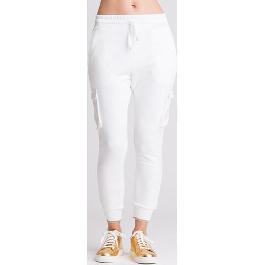 Białe spodnie dresowe z kieszeniami Patrizia Pepe Velpa.pl w