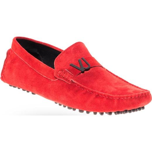 3a018e1877ac2 Czerwone zamszowe mokasyny męskie Versace Jeans Velpa.pl w Domodi