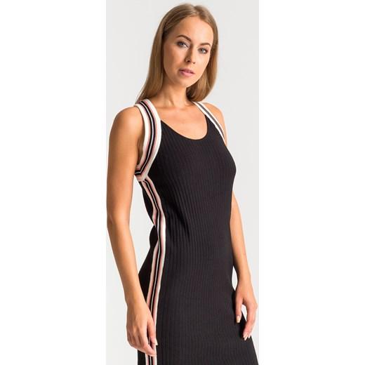 5318b2eac5 ... Czarna sportowa sukienka na ramiączkach Elisabetta Franchi pomaranczowy  40 Velpa.pl ...